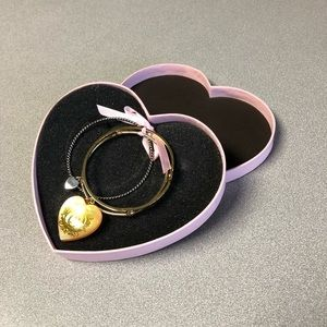 ⬇️ $65 Juicy Couture Gold Bracelet brand new